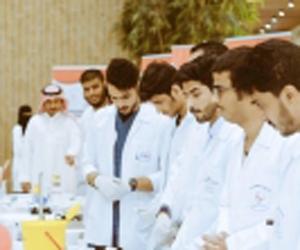 صيدلة جامعة القصيم تختتم حملتها التوعوية بالرس