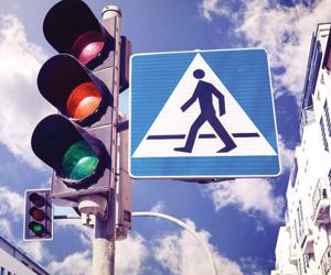 نظام يتيح تجاوز إشارات المرور بدون مخالفات