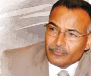 سكرتير المخلوع: الحوثيون  لصوص وعلقوا القرار الوطن