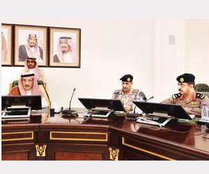 أمير جازان يرأس اجتماع لجنة الدفاع المدني