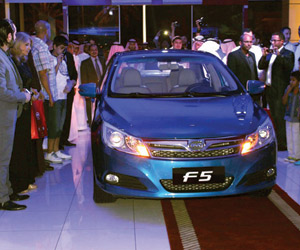 أول سيارة بدون سائق في المملكة