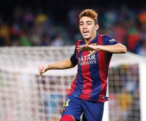 برشلونة يمدد للحدادي وسامبر