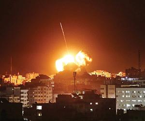 وساطة مصرية تُوقِف غارات إسرائيل على قطاع غزة