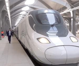 %70 من كوادر قطار الحرمين سعوديات