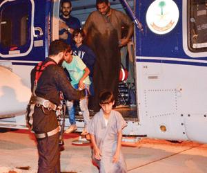 الدفاع المدني: وفاة 4 واحتجاز 41 في أمطار المدينة
