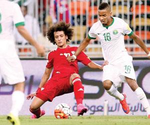 الأخضر يحلق آسيويا بثنائية في الإمارات