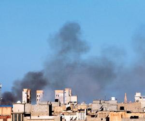 إغلاق مطار طرابلس الرئيسي.. وبنغازي