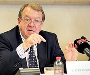 عضو بالبرلمان الأوروبي: المجتمع الدولي يؤيد خطوات