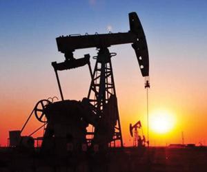 النفط ينتعش