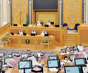 الشورى يطالب الخطوط السعودية بتطوير مقاعد الضيافة