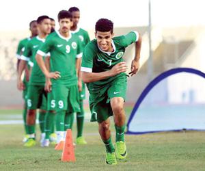 الأخضر الشاب يواجه البحرين مرتين