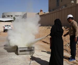 دورة إطفاء لطالبات تقنية الرياض