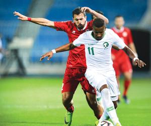الأولمبي يكسب لبنان ويتراجع للوصافة