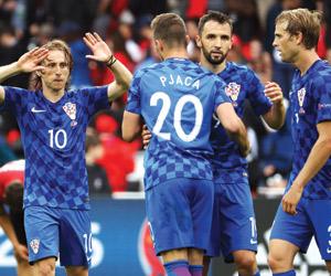 مودريتش يمنح كرواتيا نقاط تركيا