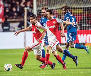 ليون يسعى لتعزيز حظوظه أمام موناكو